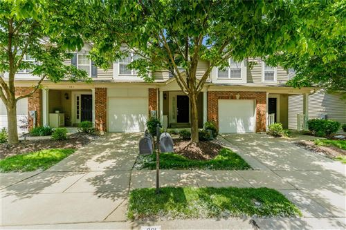 Photo of 391 Montclair Tower Drive, St Charles, MO 63303 (MLS # 20035337)