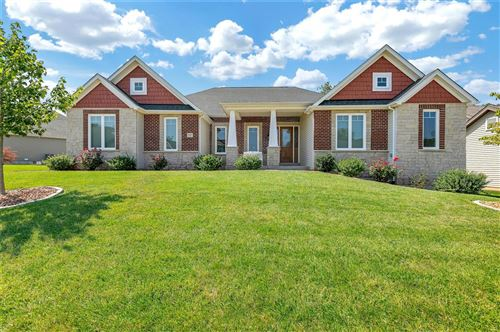 Photo of 117 Woodspur Drive, Wentzville, MO 63385 (MLS # 21052338)