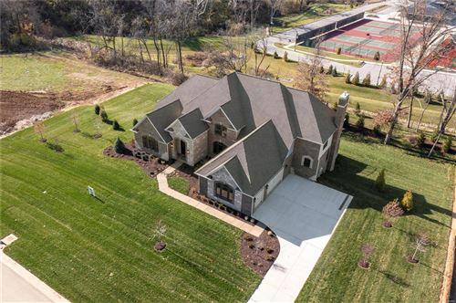 Photo of 413 Stonechase Lane, Town and Country, MO 63141 (MLS # 21024343)