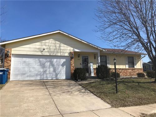 Photo of 2808 James Christopher, Maryland Heights, MO 63043 (MLS # 20011350)