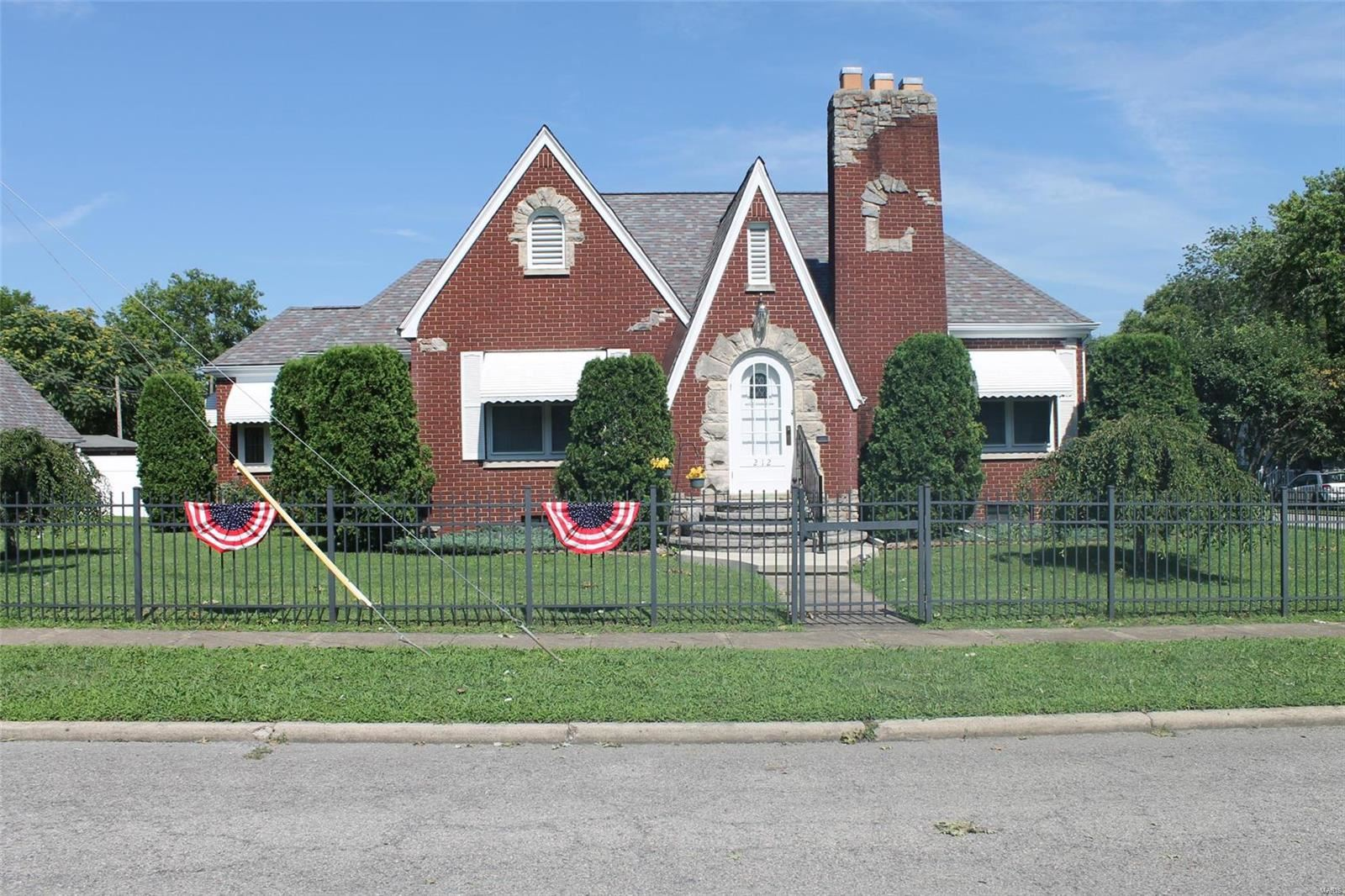 212 South Jackson Street, West Frankfort, IL 62896 - MLS#: 19090362