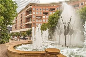 Photo of 155 Carondelet Plaza #803, St Louis, MO 63105 (MLS # 19059364)
