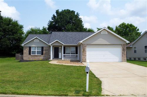 Photo of 19 Glen Meadows Dr, Troy, MO 63379 (MLS # 21052371)