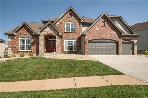 Photo of 3005 Fairfield Way Lane, St Louis, MO 63129 (MLS # 21023377)