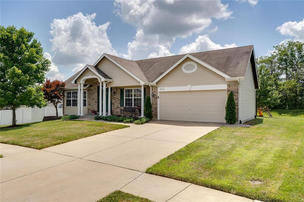 Photo for 2272 Autumn Trace, Wentzville, MO 63385 (MLS # 19050379)