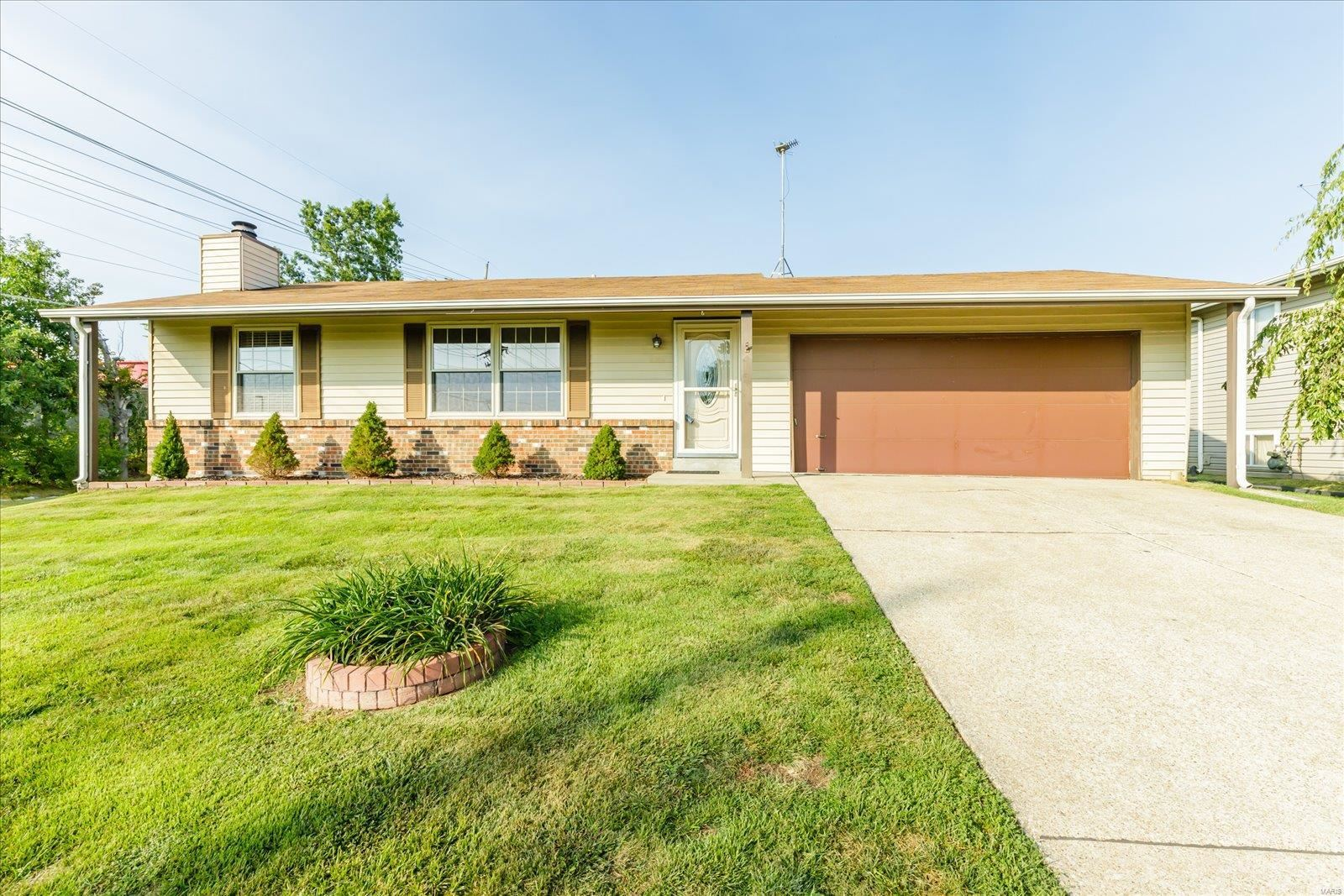 79 Country Hill Road, Saint Peters, MO 63376 - #: 21063381