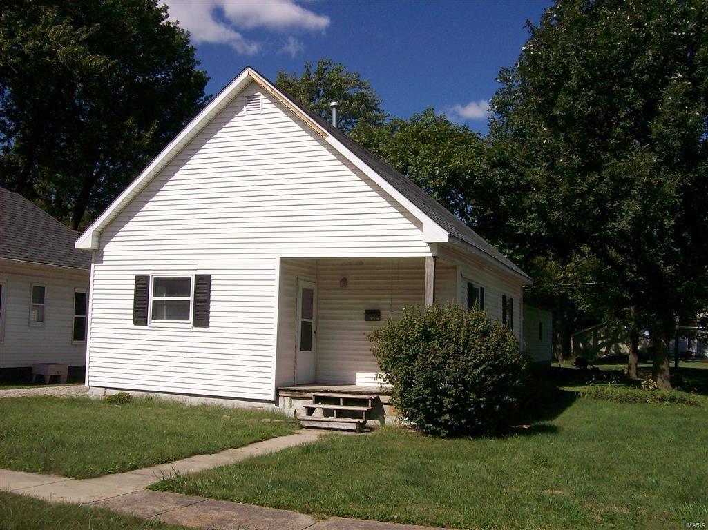 305 Frederick Street, Nokomis, IL 62075 - MLS#: 21068388