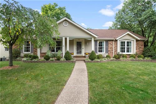 Photo of 15515 Cedarmill Drive, Chesterfield, MO 63017 (MLS # 20068391)