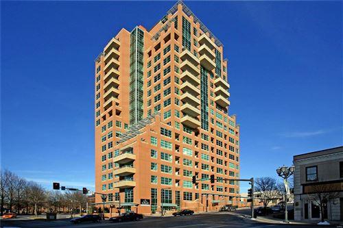 Photo of 8025 Maryland Avenue #4F, Clayton, MO 63105 (MLS # 20084413)