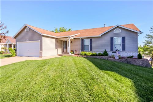 Photo of 39 Tulip Bend DR, Wentzville, MO 63385 (MLS # 21029421)