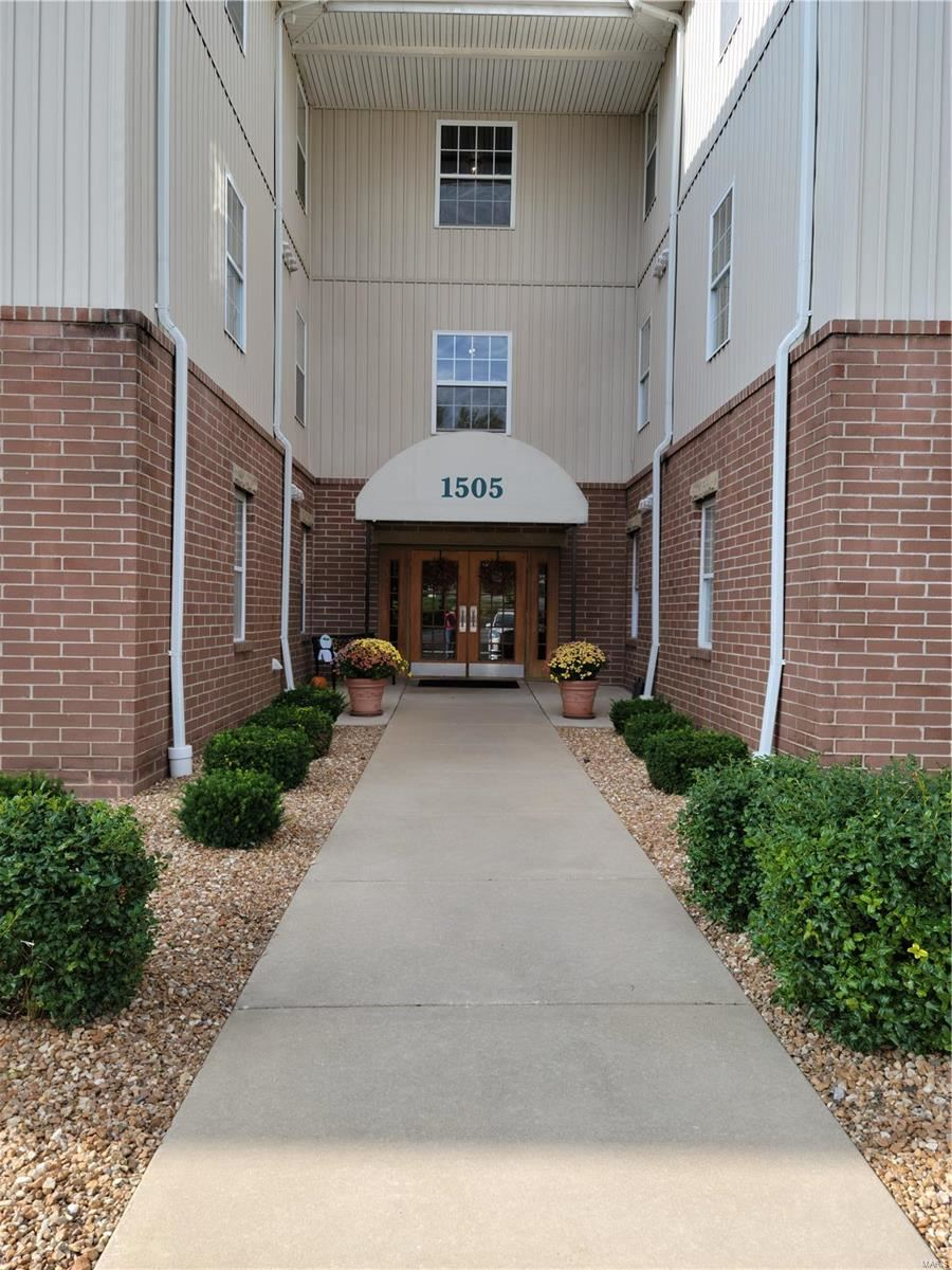 1505 S Old Highway 94, Saint Charles, MO 63303 - MLS#: 21076454