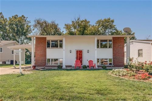 Photo of 11920 Ameling Road, Maryland Heights, MO 63043 (MLS # 21062460)