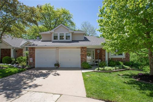 Photo of 1000 Woodlake Village Drive, Chesterfield, MO 63141 (MLS # 21029464)