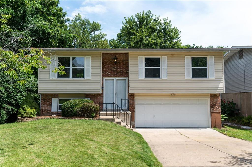 Photo for 7712 Benmore Street, St Louis, MO 63123 (MLS # 19060473)