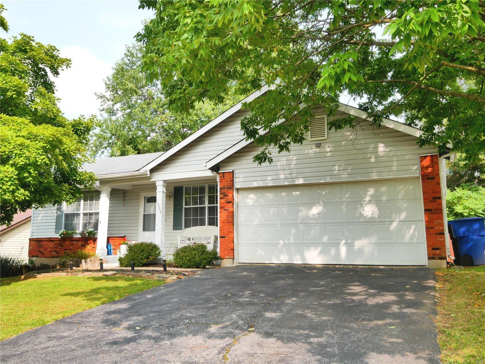 1306 Whispering Ridge Lane, Saint Peters, MO 63376 - MLS#: 20068484
