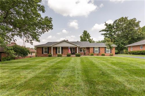 Photo of 6 Brook Mill Lane, Chesterfield, MO 63017 (MLS # 21050489)