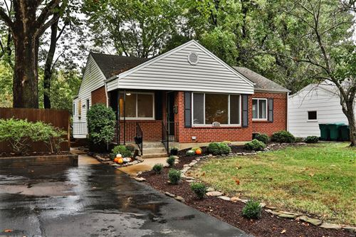 Photo of 1230 Selma Avenue, Webster Groves, MO 63119 (MLS # 20076490)