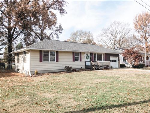 Tiny photo for 443 South Wood Street, Nashville, IL 62263 (MLS # 19085493)