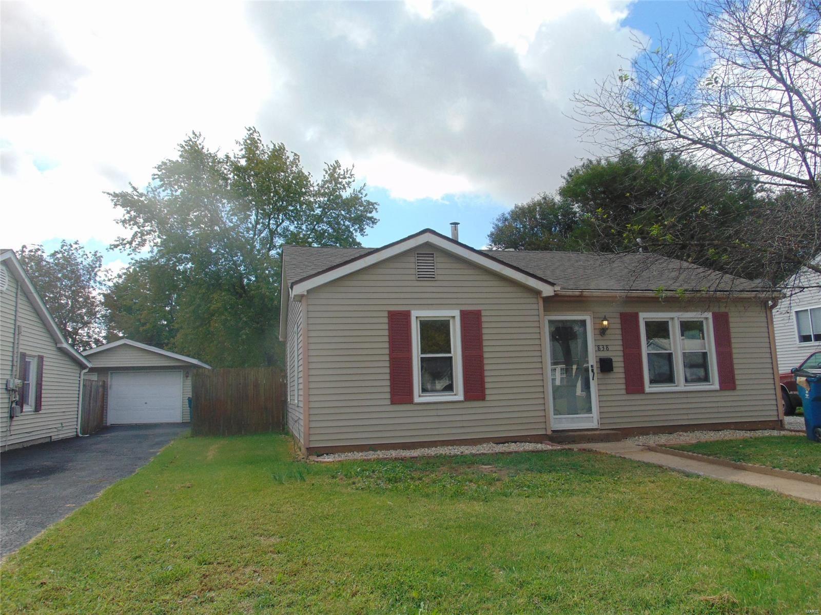 838 Tennyson, Wood River, IL 62025 - MLS#: 21071501