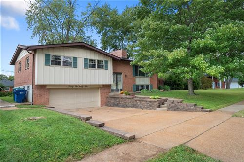 Photo of 2595 Guildford Drive, Florissant, MO 63033 (MLS # 21064513)