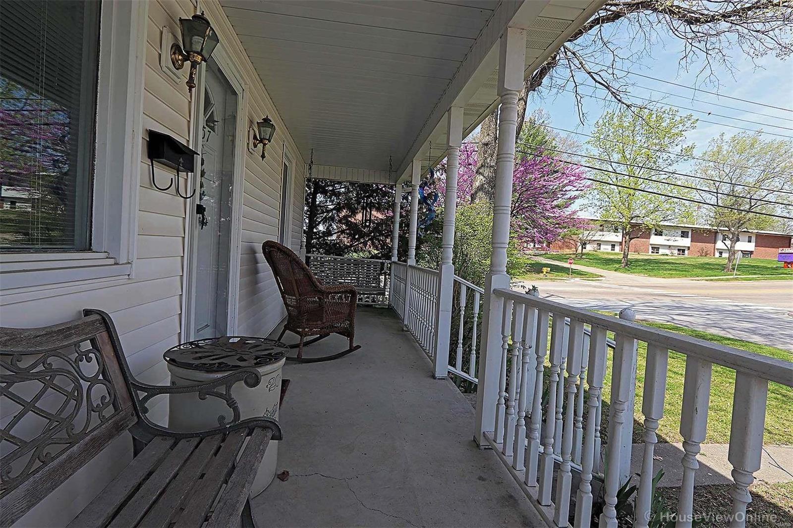 Photo of 1757 Bessie, Cape Girardeau, MO 63701 (MLS # 21028518)