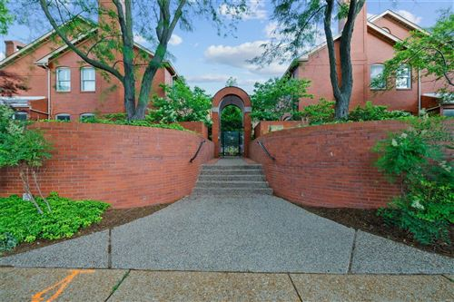 Photo of 4525 Laclede Avenue, St Louis, MO 63108 (MLS # 21035522)