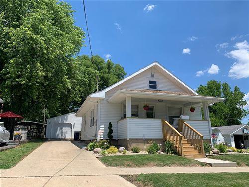 Photo of 819 East Oak, Greenville, IL 62246 (MLS # 20044533)