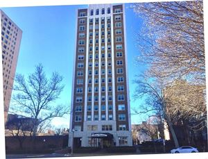 Photo of 4440 Lindell Boulevard #1404, St Louis, MO 63108 (MLS # 19017562)