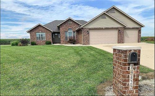 Photo of 14422 North Fork, Aviston, IL 62216 (MLS # 21010565)