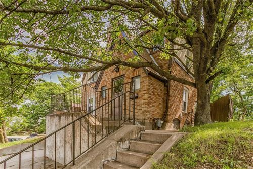 Photo of 2016 S Brentwood, St Louis, MO 63144 (MLS # 21034577)