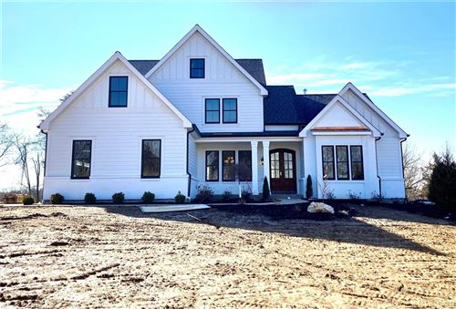 Photo of 13210 Lochenheath Court, Town and Country, MO 63131 (MLS # 21011582)