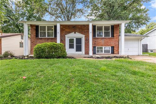 Photo of 2519 Wesglen Estates Drive, Maryland Heights, MO 63043 (MLS # 21054584)