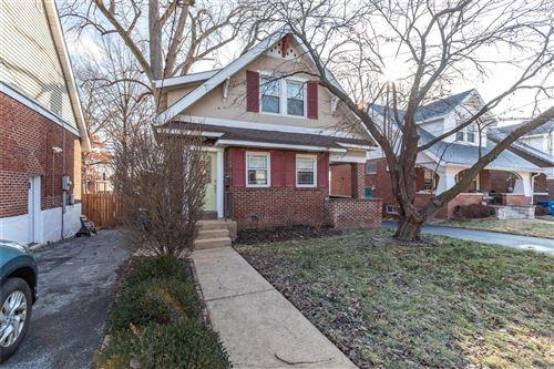 Photo of 2326 Bellevue Avenue, St Louis, MO 63143 (MLS # 21003590)