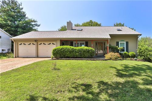 Photo of 827 Country Heights Court, Manchester, MO 63021 (MLS # 21061597)
