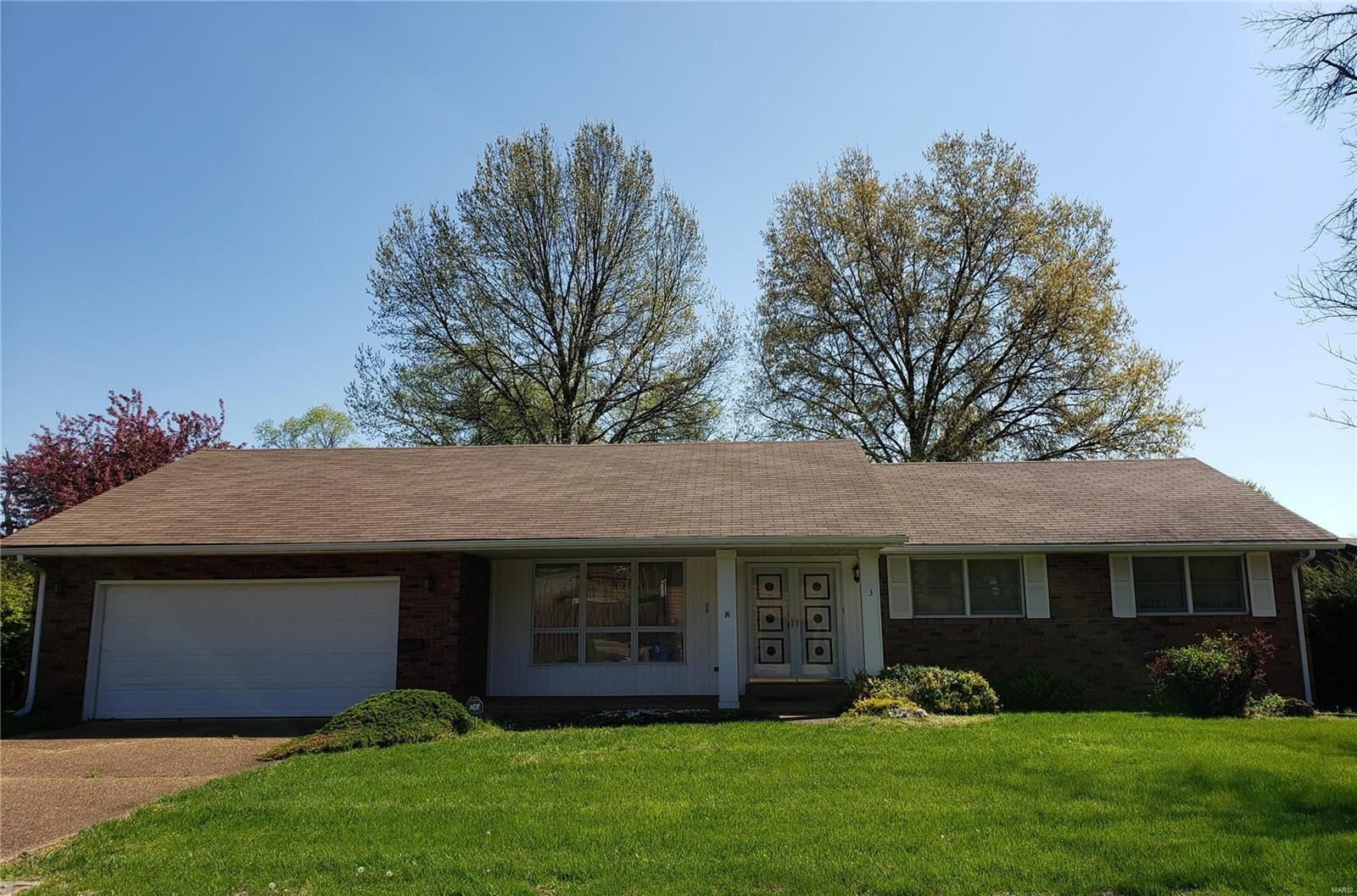 3 Heatherwood, Collinsville, IL 62234 - MLS#: 20021597