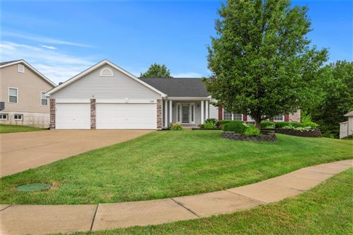 Photo of 105 Prairie Bluffs Drive, Wentzville, MO 63385 (MLS # 20043609)