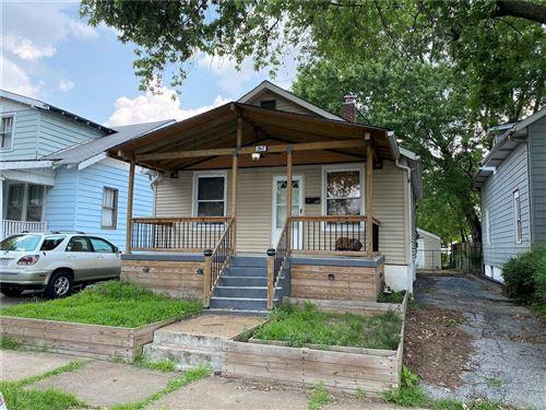 Photo of 3947 Burgen Avenue, St Louis, MO 63116 (MLS # 20047610)