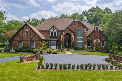 Photo of 13516 Weston Park Drive, Town and Country, MO 63131 (MLS # 21055611)