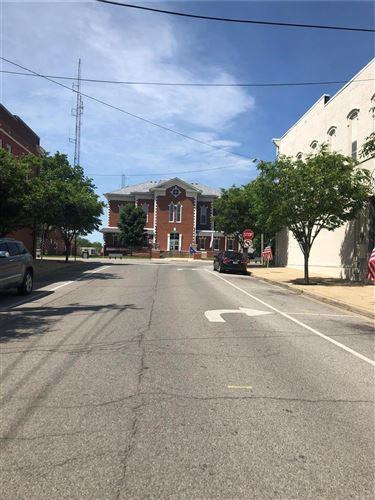 Tiny photo for 153 S. Kaskaskia, Nashville, IL 62263 (MLS # 20047620)