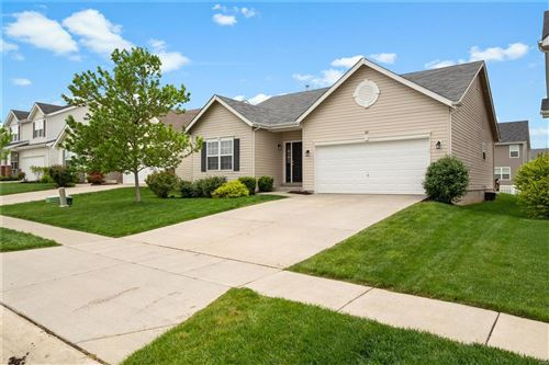 Photo of 321 Pecan Bluffs Drive, Wentzville, MO 63385 (MLS # 21029621)