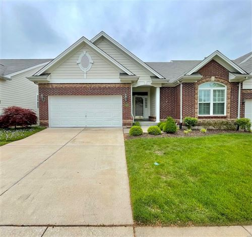Photo of 399 Shetland Valley, Chesterfield, MO 63005 (MLS # 21030625)