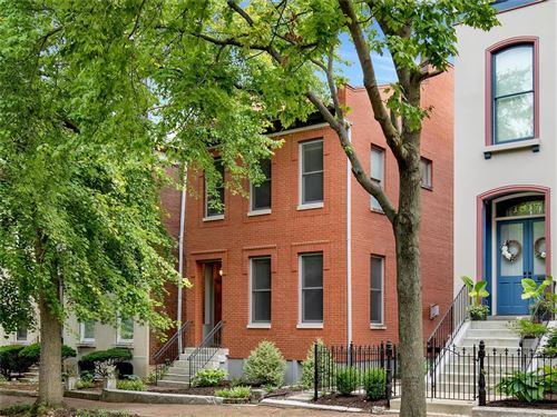 Photo of 1821 Lasalle Street, St Louis, MO 63104 (MLS # 21048644)