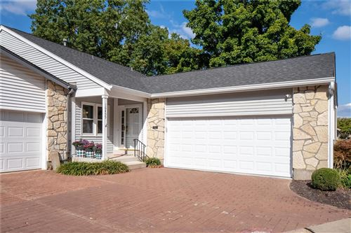 Photo of 16455 Cobbleskille, Chesterfield, MO 63017 (MLS # 20066648)