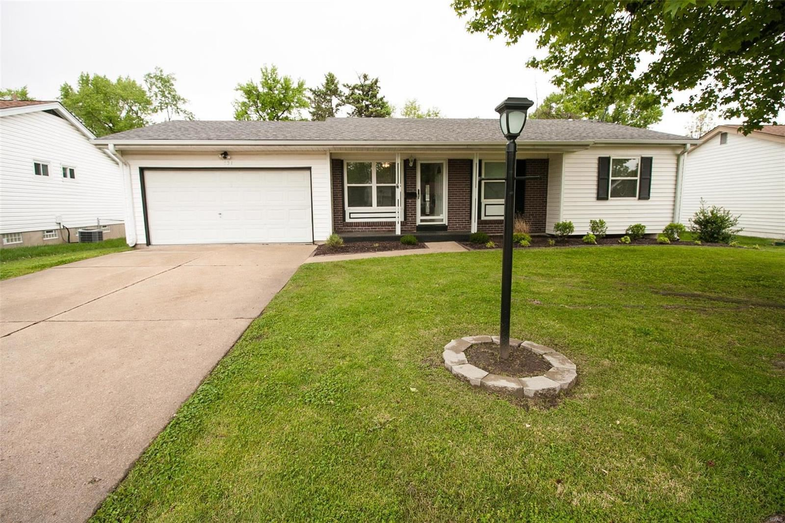 431 White Birch Way, Hazelwood, MO 63042 - MLS#: 20035664