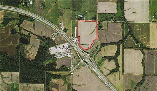 Photo of 29 North Service Road, Warrenton, MO 63383 (MLS # 21044667)