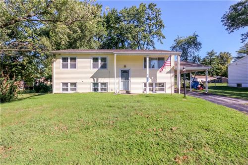 Photo of 11983 Holly Brook Drive, Maryland Heights, MO 63043 (MLS # 21066671)