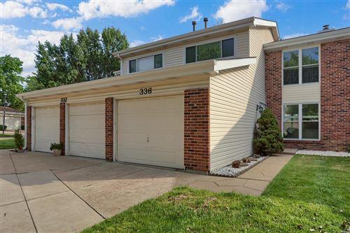 Photo of 336 Fox Village Ct, Ballwin, MO 63021 (MLS # 20060683)
