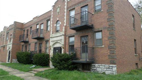 Photo of 6008 Marmaduke Avenue #1S, St Louis, MO 63139 (MLS # 21024683)