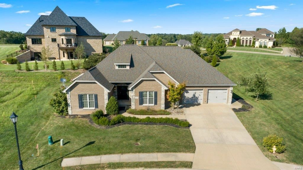 Photo of 1557 Helmsdale Drive, Cape Girardeau, MO 63701 (MLS # 21064686)