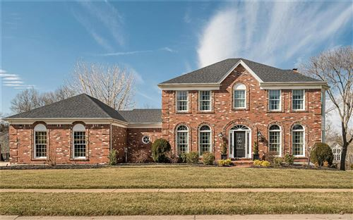 Photo of 1325 Carriage Crossing Lane, Chesterfield, MO 63005 (MLS # 21011691)